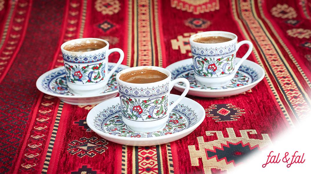 asla-vazgecemedigimiz-bir-gelenek-kahve-fali