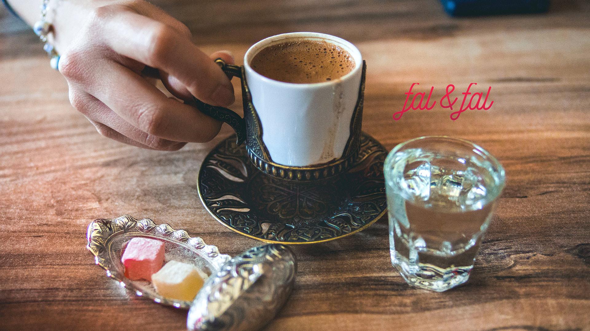 gercek-falcilarla-kahve-fali-baktirmak